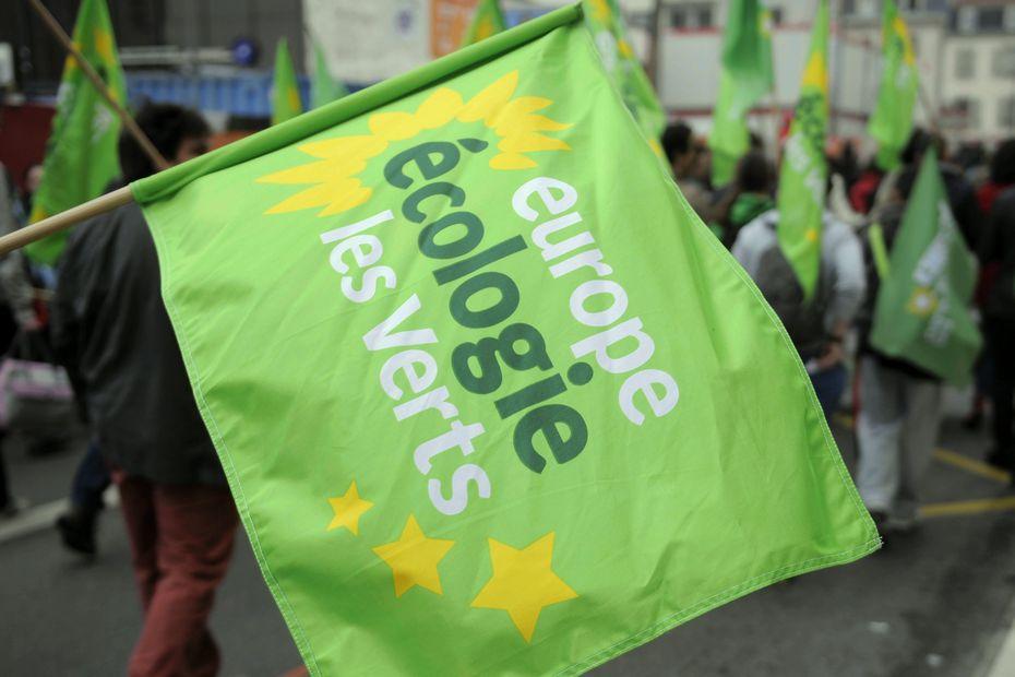 un drapeau vert